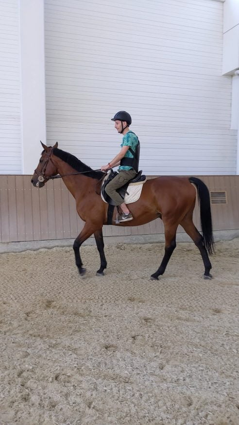 Horse Riding, Brech